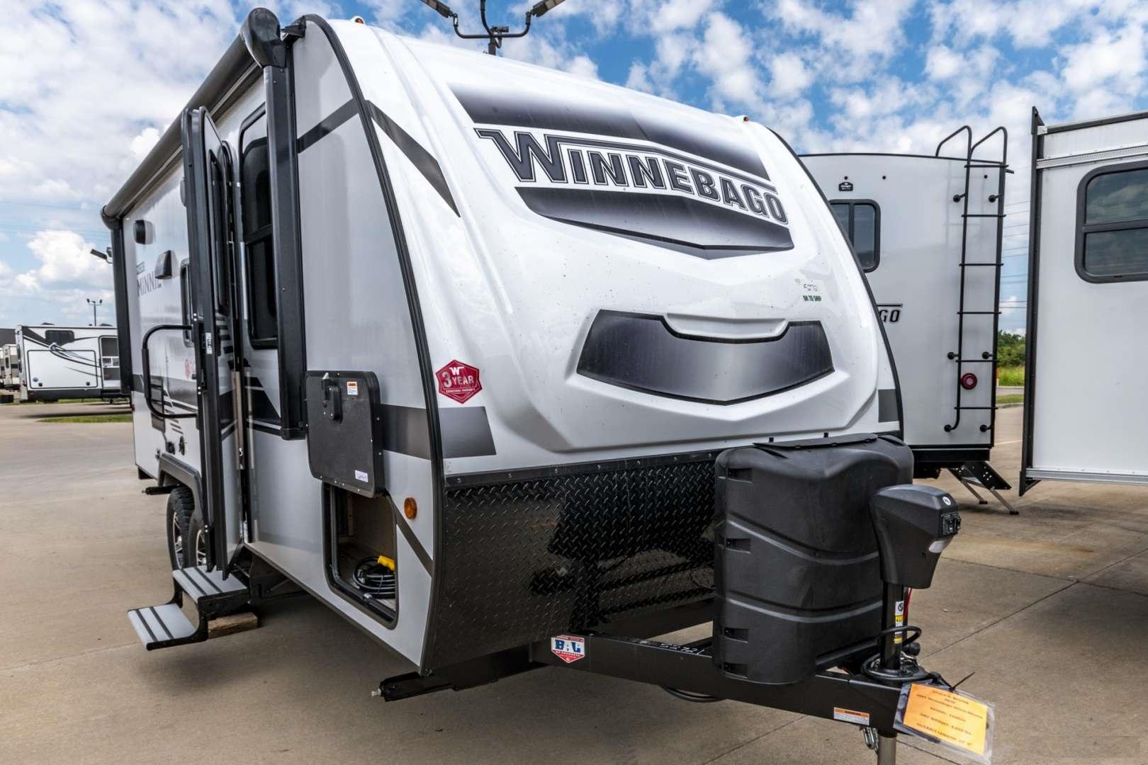 Winnebago Micro Minnie 2106D