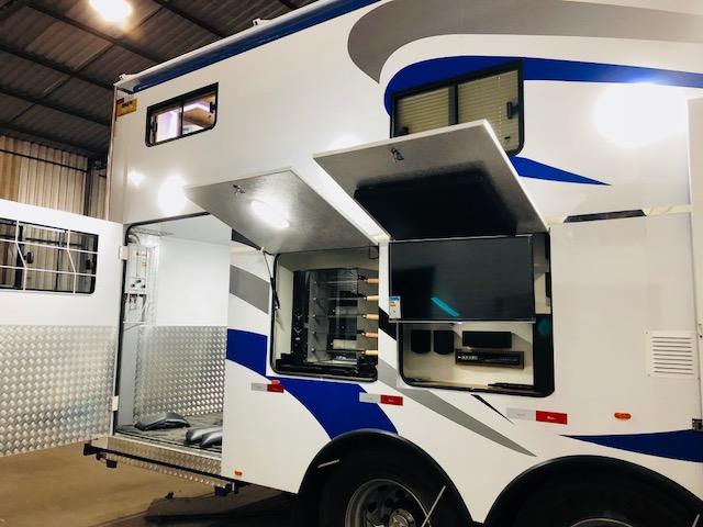 Trailercar Truck Home